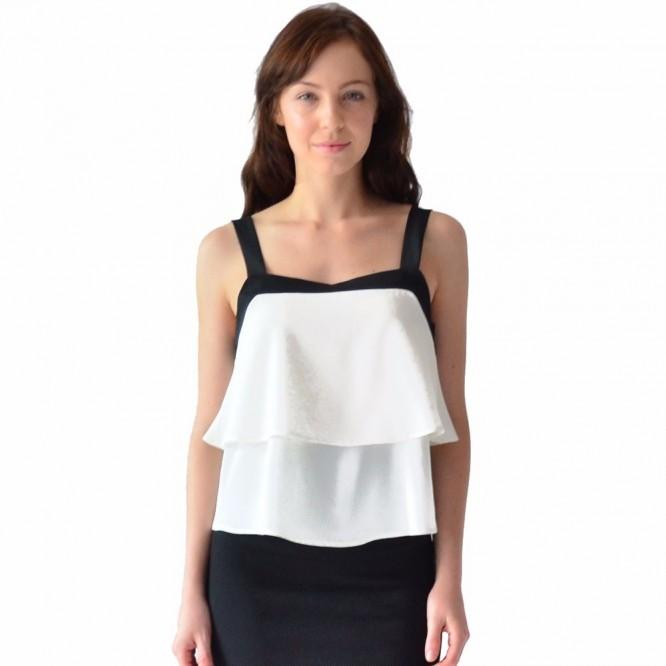 Blusa Mujer Con Olanes Rack & Pack Blanco Y Negro