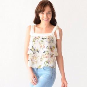 Comprar Blusa Mujer Con Olanes Rack & Pack Estampada En Flores Beige