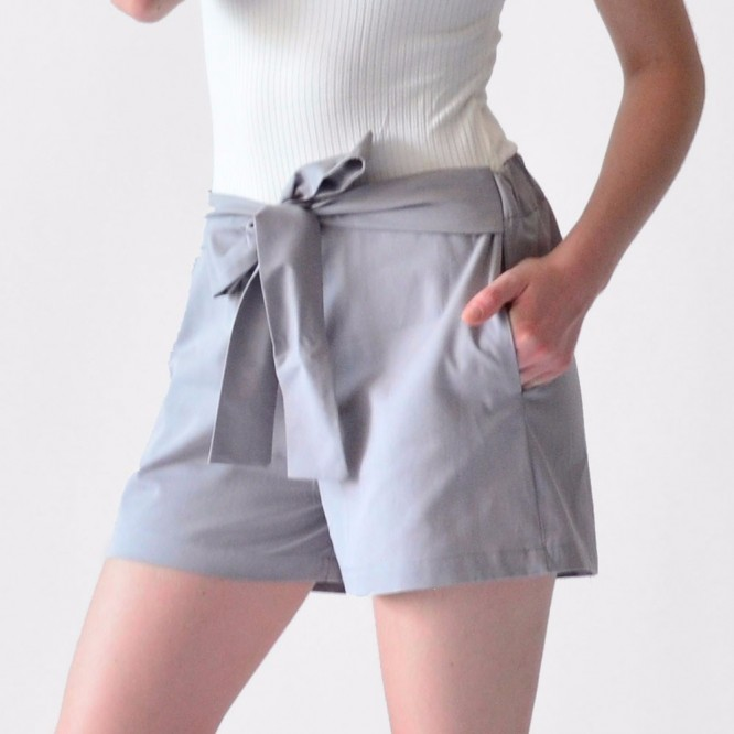 Short Mujer Casual Color Gris Con Moño Rack & Pack